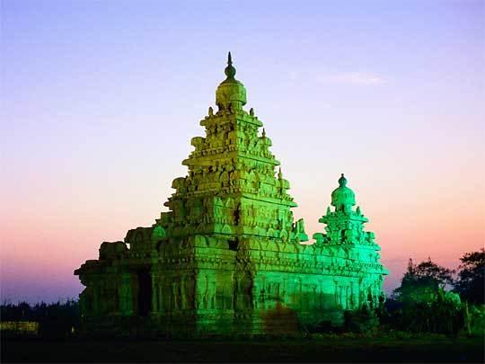 Shore_temples